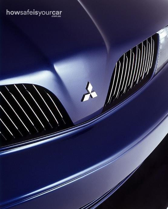 2001           Mitsubishi           Verada